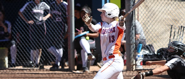 Izzy Deatherage hits a grand slam