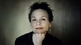 Laurie_anderson_Tim Knox - mass mailing