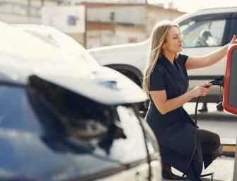 Dit moet je weten over een laadpas voor elektrische auto's!