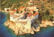 ΝΕΕΣ ΠΙΕΣΕΙΣ για να καταργηθεί το Άβατον του Αγίου Όρους
