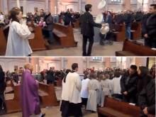 Ρωμαιοκαθολική Λειτουργία, τσίρκο με… ζογκλέρ — ΒΙΝΤΕΟ