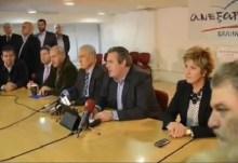 Οι δηλώσεις του Πάνου Καμμένου, μετά την συνεδρίαση της κοινοβουλευτικής ομάδας των Ανεξάρτητων Ελλήνων — Επιστρέφουν στα ΜΝΗΜΟΝΙΑ Μαρκόπουλος και Κουράκος.