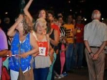 Ανθρώπινη αλυσίδα αντίστασης για να μην πουληθεί το μέλλον μας, free salonika day (φωτο)