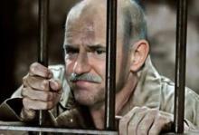 Μας θέλουν λοβοτομημένους προκειμένου να διασωθεί ο στρατιώτης (των funds) Γιώργος Παπανδρέου