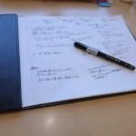 A4用紙に落書きするのにピッタリな道具達!  Vコーンとセキセイのクリップボード。
