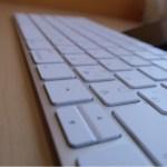 iPhoneの外付けキーボードでオススメなのは?アップル純生のMagic キーボードだった