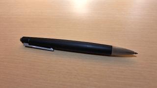 名器「LAMY2000マルチボールペン L401」を購入しました。適度な重さ、適度な書き味がお気に入り!