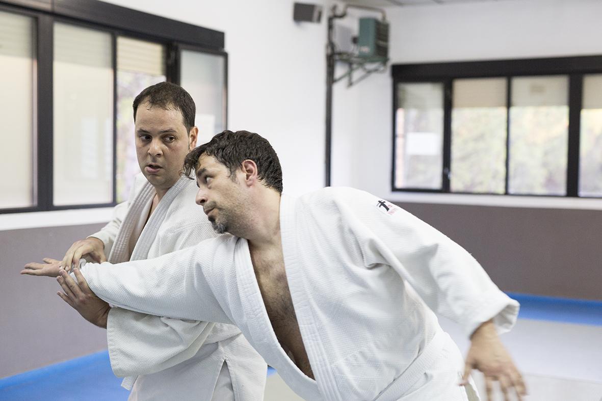 kyu practicando aikido
