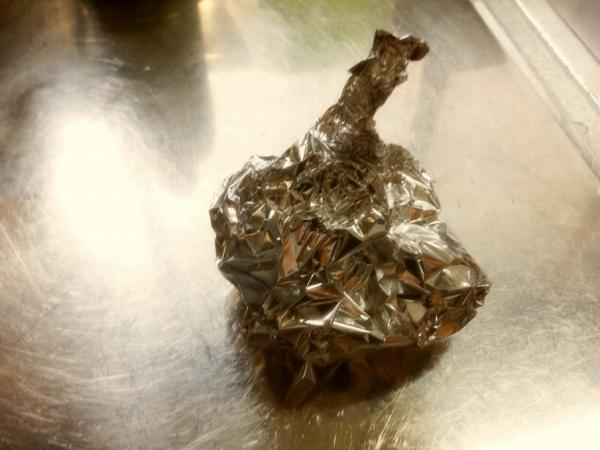 BBQ ニンニクのホイル焼き