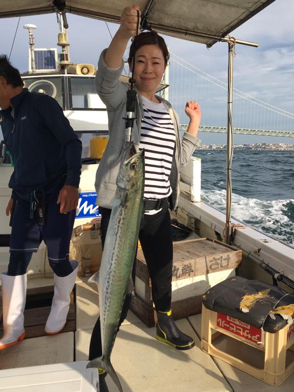 9月28日(土)の釣果(メジロ船中8匹・サワラなど)