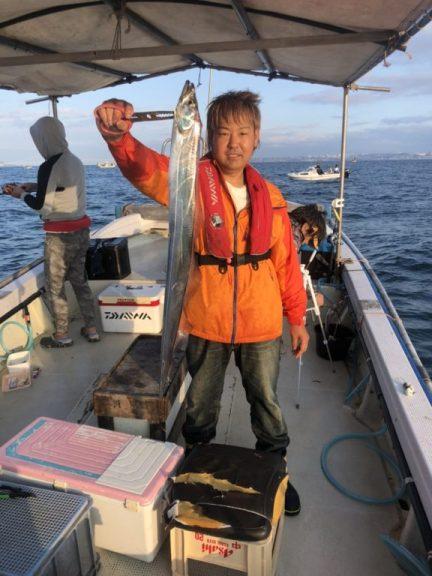 10月6日(日)の釣果(タチウオ118cm含む船中73匹)