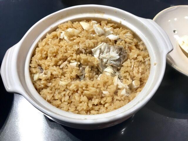 土鍋で炊いた鯛の炊き込みご飯