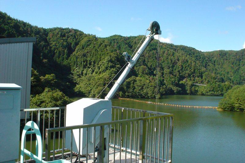 Motorized winch for terrestrial observation(T.S.K.)tsurumi-seiki