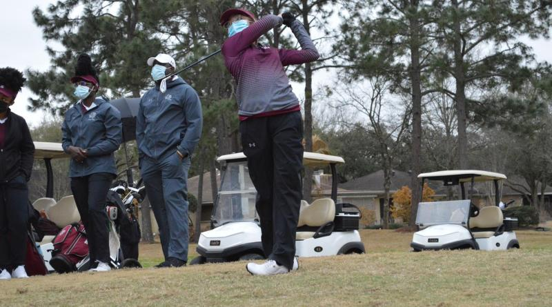 <div>Alcantra Leads The Way As Women's Golf Closes Out Round 1 Of Hank Stewart Collegiate</div>