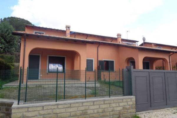 Villino bifamiliare Le Rughe