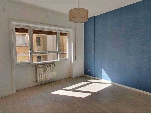 Appartamento semi-arredato
