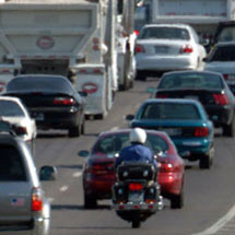 Best Five Motorcycle Riding in Traffic Tips