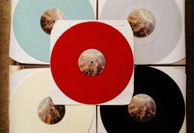 The red vinyl's story gets a bit clearer !