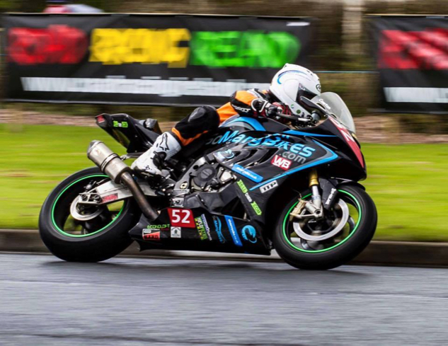 Rob Barber racing motorbike TTP HARD - Photos
