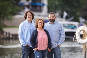 Rocky River Family photography on docks