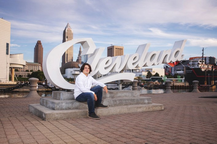 Senior Photography East 9th street Cleveland Sign