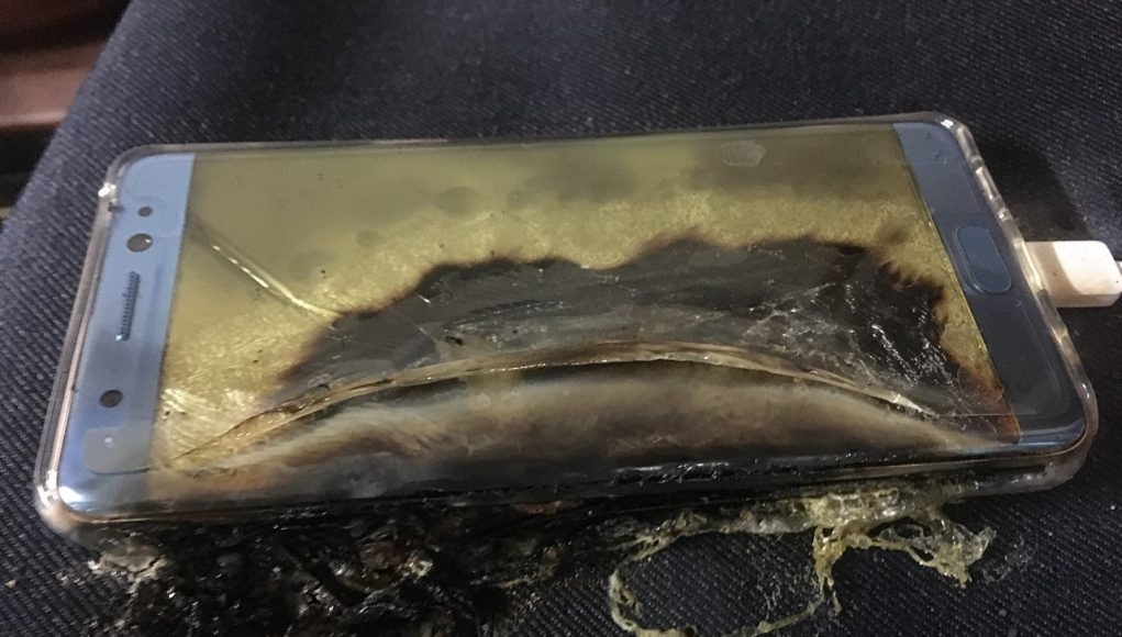 explosive-start-for-samsung-galaxy-note-7-more-phones-catch-fire-while-charging-507793-4-1021x580