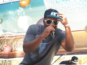 Turquoise Jeep. LAUNCH 2013. Photo Kate Gonzales