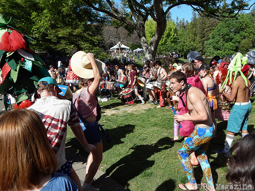 Here is the UC Davis Marching Band-uh! in a drum circle reving up the crowd.