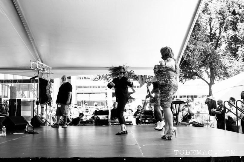 Belinda Carlisle of The Go-Go's performing at Sac Pride 2015, Photo Sarah Elliott
