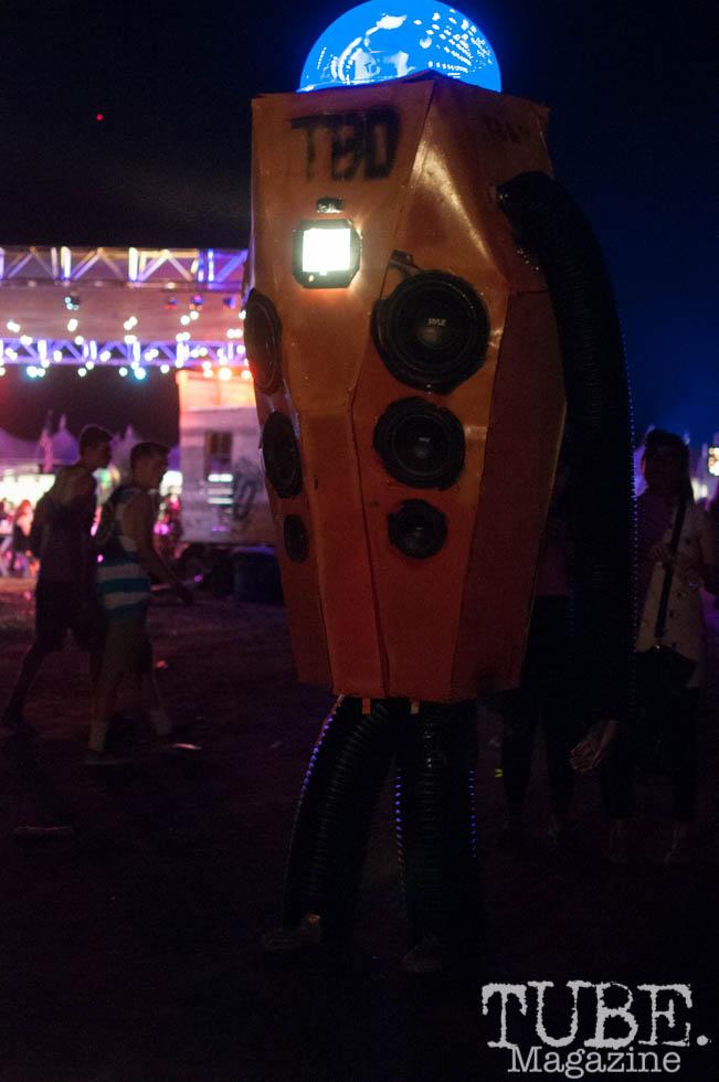 Giant robot made by local artist Matt Brown, at TBD Fest in Sacramento, Ca. September 2015. Photo Heather Uroff