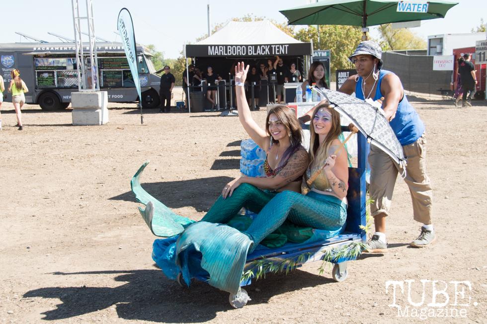 Lighthouse Mermaids being escorted around TBD Festival in Sacramento, Ca. September 2015. Photo Alejandro Montaño