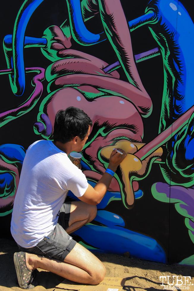 Artist, Waylon Horner at work, TBD, Sacramento CA.September 20,2015. Photo Anouk Nexus
