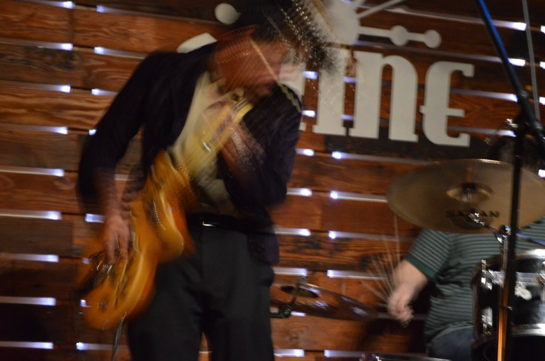 Noah Campos of Los Bottom Feeders. Shine, Sacramento CA. March 2016. Photo Vi Mayugba.