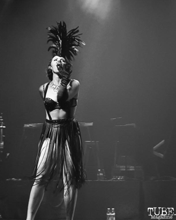 Wily Minx Burlesque dancer, Dasha Cayenne, Fox Theater, Oakland, CA.June 8,2016. Photo Anouk Nexus
