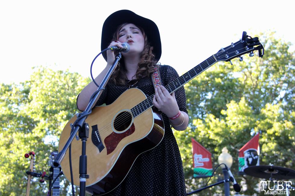 Hannah Jane Kile, Concerts in the Park, Cesar Chavez Park, Sacramento, CA. July 8, 2016. Photo Anouk Nexus
