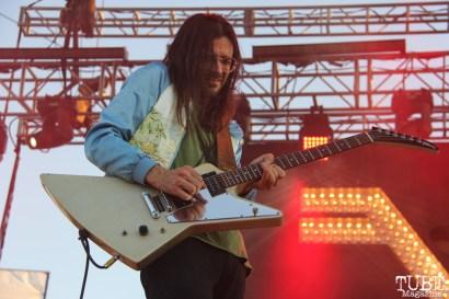 Guitarist Brian Bell of Weezer, City of Trees, Bonney Field, Sacramento, CA. September 10, 2016. Photo Anouk Nexus
