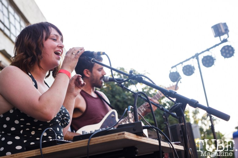 Kristine and Charles of Dog Rifle performing at The Red Museum for Red Ex Volume 1 in Sacramento, CA (8-26-2017). Photo Cam Evans