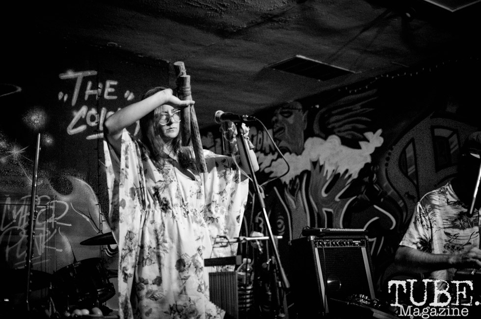 Mouth Painter performing at The Colony, in Sacramento CA. July 2018. Photo by Heather Uroff.
