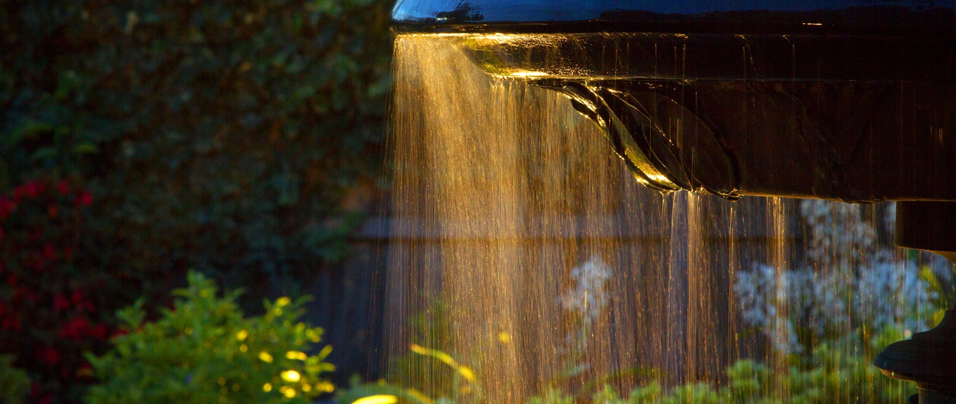 <h2>Water Features</h2><p>Tuckerman Landscaping & Design have years of dedicated experience installing water features across Melbourne.</p><a href='services'>Learn More</a>