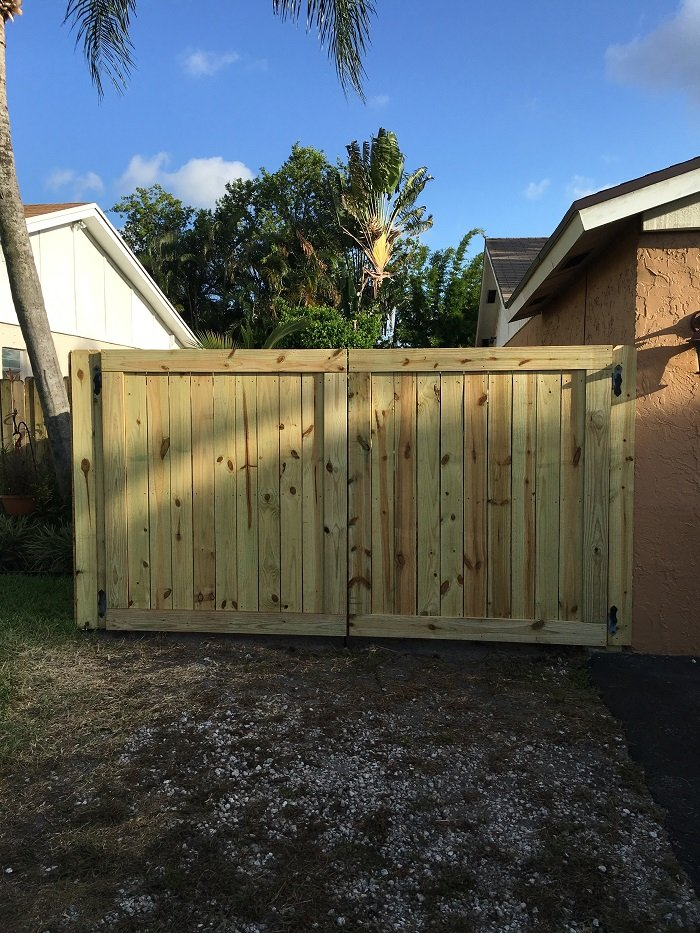wood fence company tucson az
