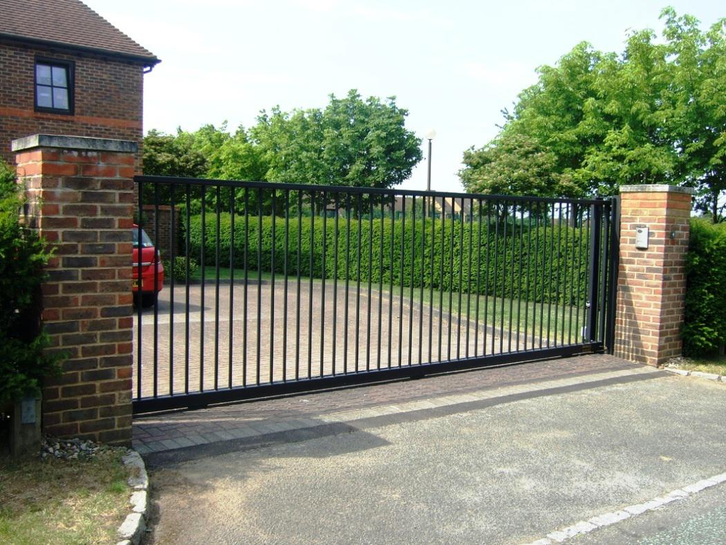 Driveway gate installers Tucson1