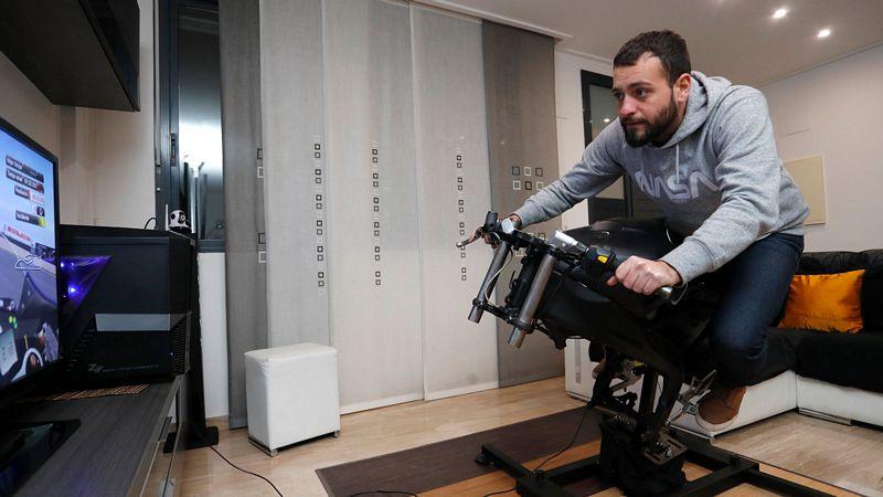 O LeanGP oferece aos jogadores domésticos um simulador de moto com capacidade de pilotagem (Foto: LeanGP )
