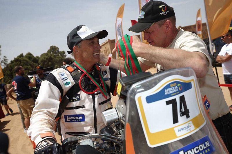 Lincoln Berrocal completando o Rally Series no Marrocos