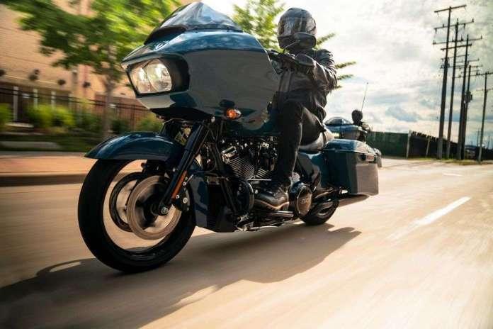 Road Glide Special: Esta performance bagger combina um estilo ameaçador com conforto aerodinâmico e a potência do motor Milwaukee-Eight® 114