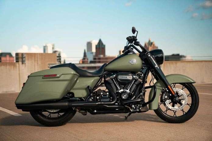 Road King Special: Tradição com músculo. Um ícone da Harley-Davidson é transformado pelo estilo custom bagger