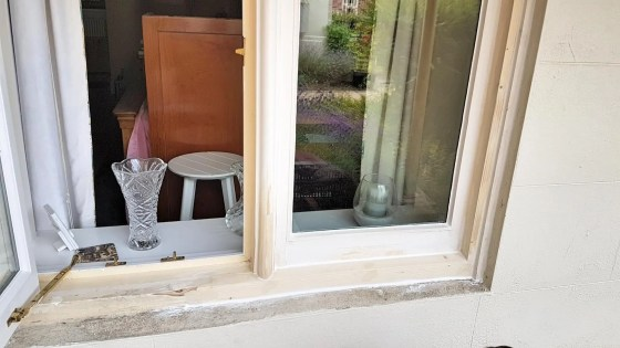 Carpenters-Shrewsbury-sash-window-Rot-repair-done (3)