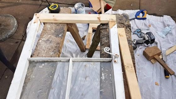 Shrewsbury-Shropshire-Carpenter-Window-opening-light-rot-repair0