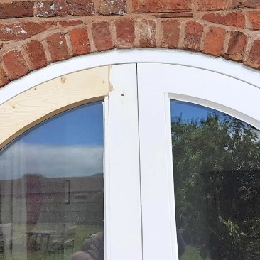 Shrewsbury-Shropshire-Carpenter-curved-door-rott-repairs