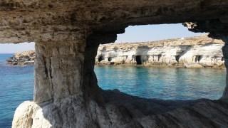 Cave-Grecko-01