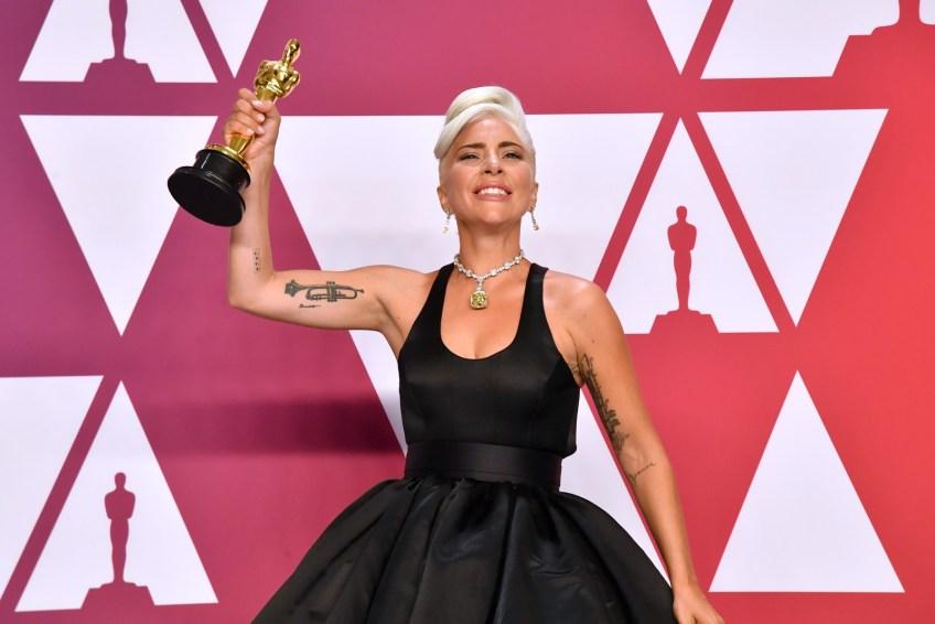 Artistas exibem tatuagens durante cerimônia do Oscar 2019 - Tudo Sobre Tatuagem
